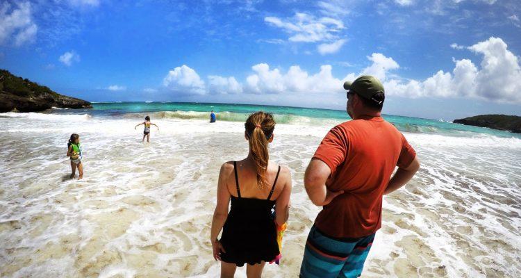Vieques-PR-Beach-Navio2